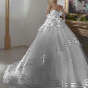 Большой выбор шикарных свадебных платьев в Ашдоде