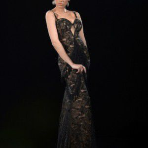 Удивительные вечерние платья в салоне в Ашдоде
