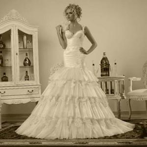 Современные, элегантные, романтичные свадебные платья в центре Израиля