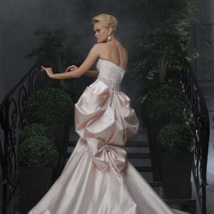 """Дизайн свадебных платьев от """"Shabi&Israel"""" - качество, уникальность, престиж, элегантность, профессионализм"""